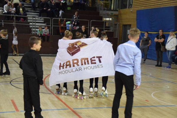 fox_harmet